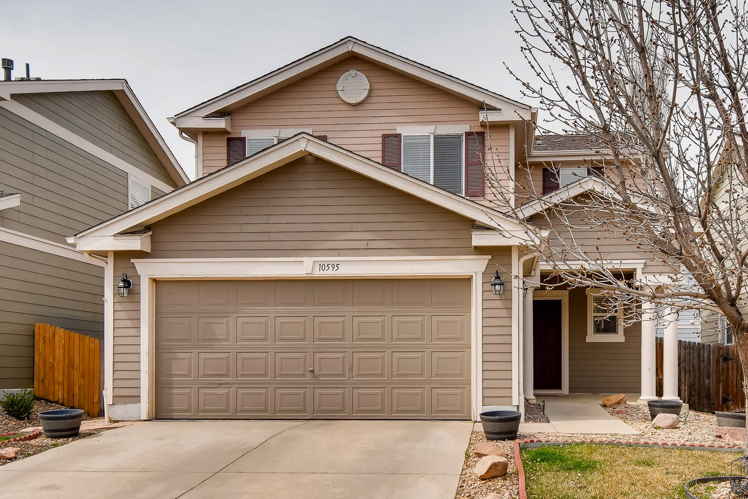 REAL ESTATE LISTING: 10595 Forester Pl Longmont CO Exterior Front