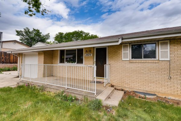 REAL ESTATE LISTING: 1025 W 101st Place Northglenn Exterior Front Entry