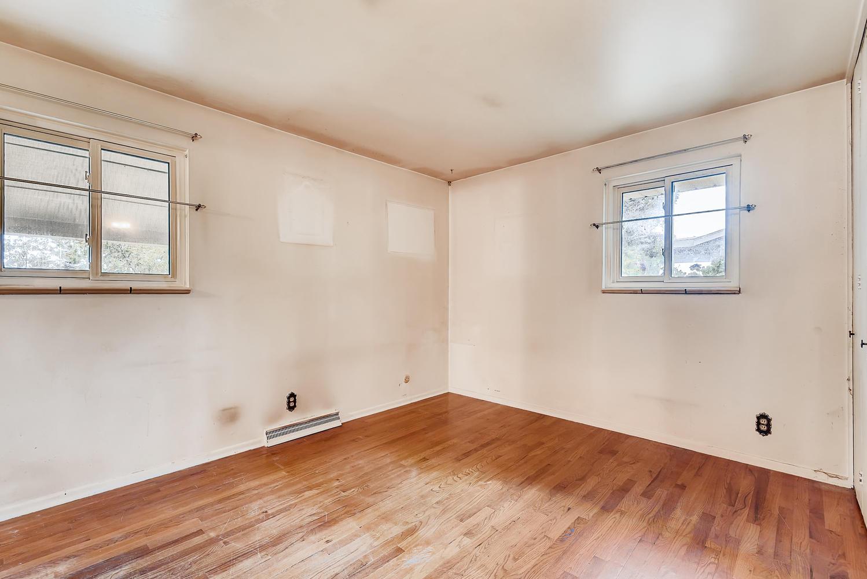 REAL ESTATE LISTING: 1025 W 101st Place Northglenn Master Bedroom