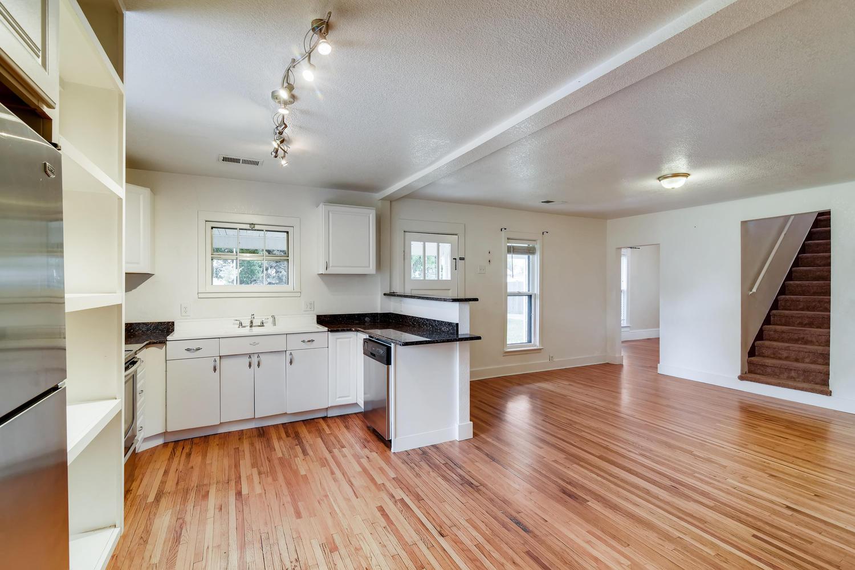 REAL ESTATE LISTING: 1201 E 1st Street Loveland CO Main Living Area