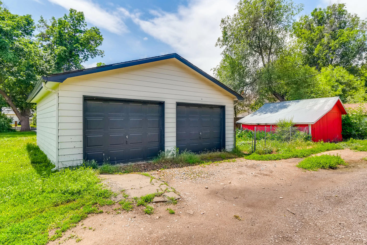 REAL ESTATE LISTING: 1201 E 1st Street Loveland CO Detached Garage