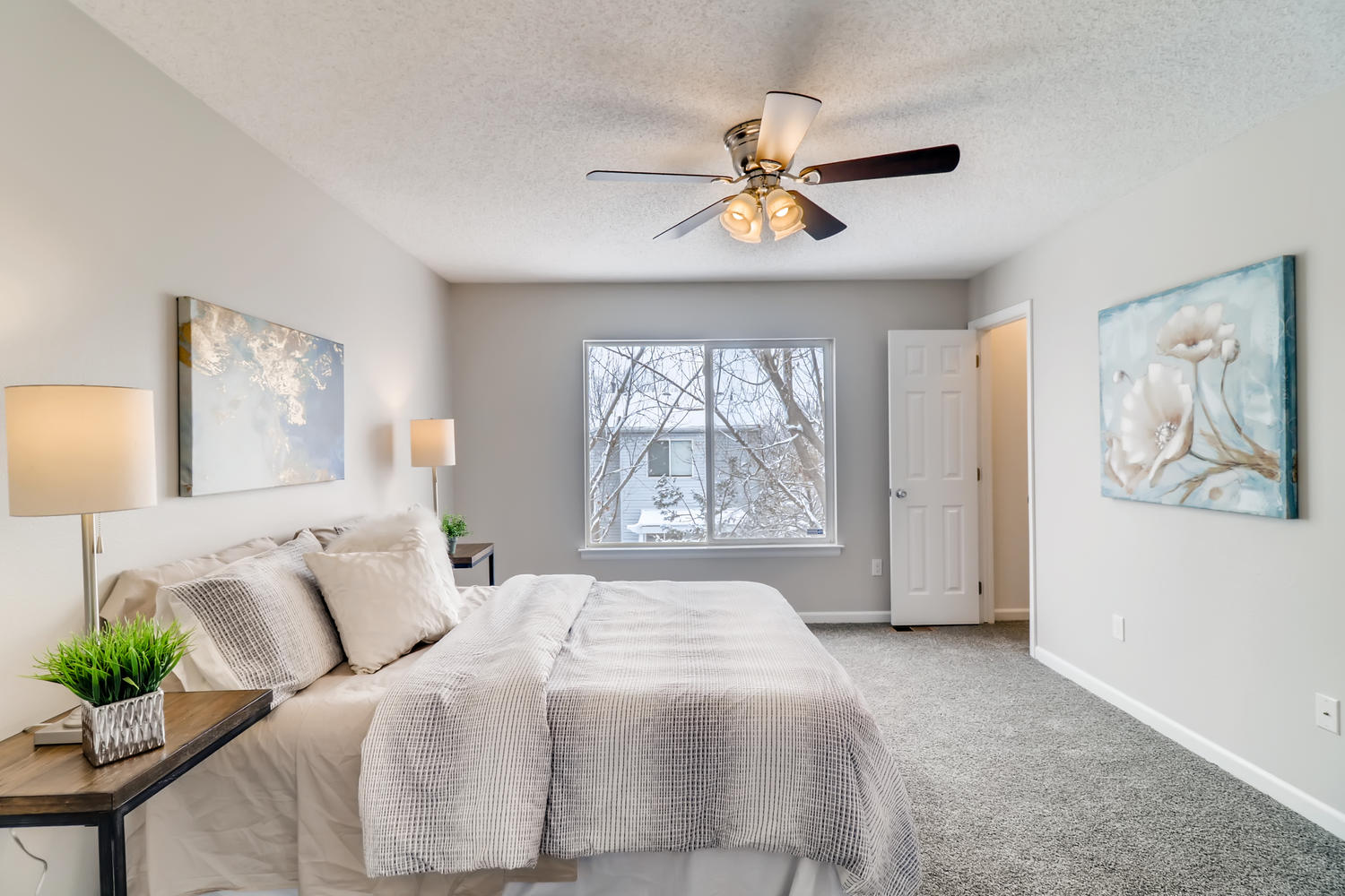 REAL ESTATE LISTING: 1902 Fountain Court Master Bedroom
