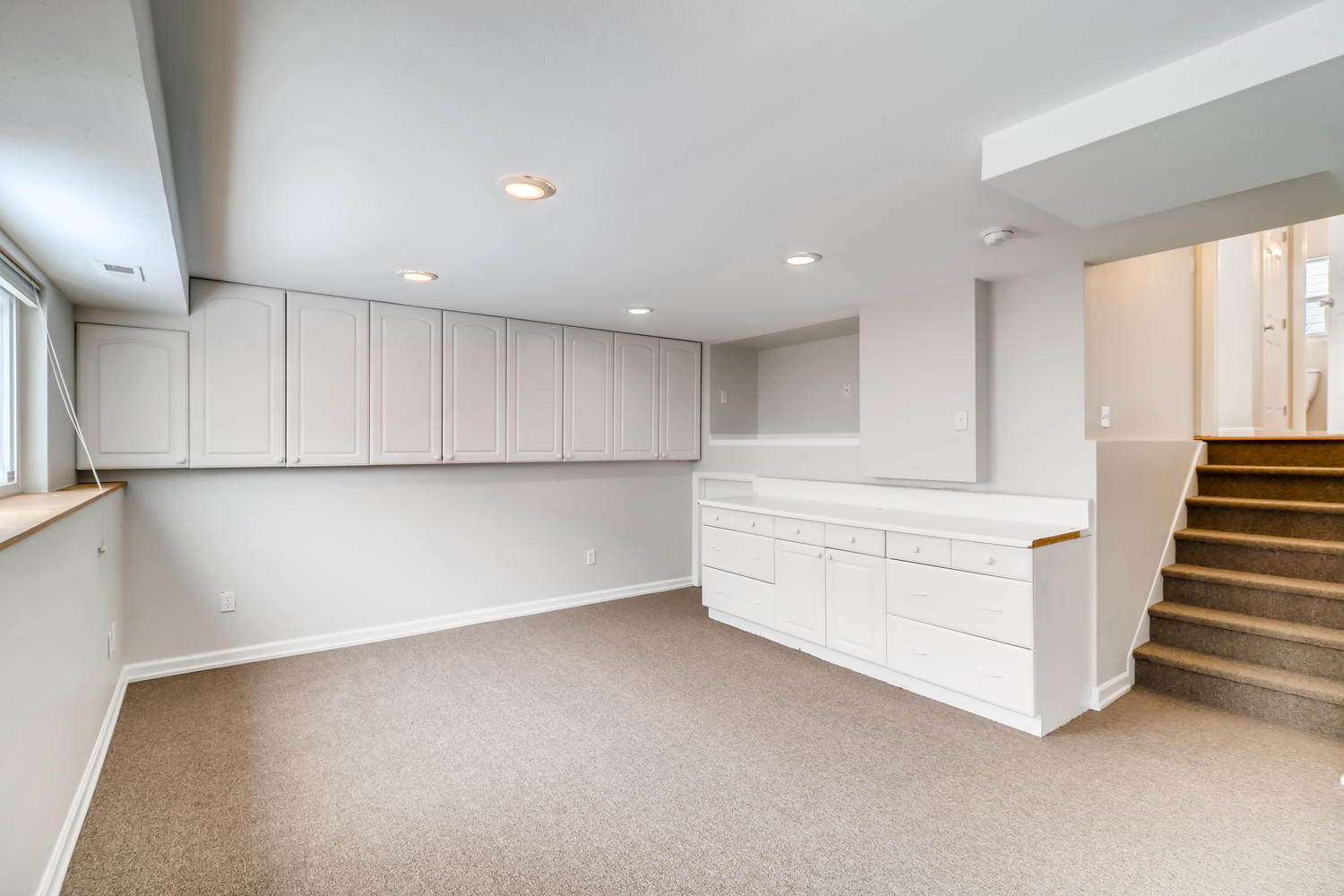 REAL ESTATE LISTING: 1902 Fountain Court Basement Flex Space