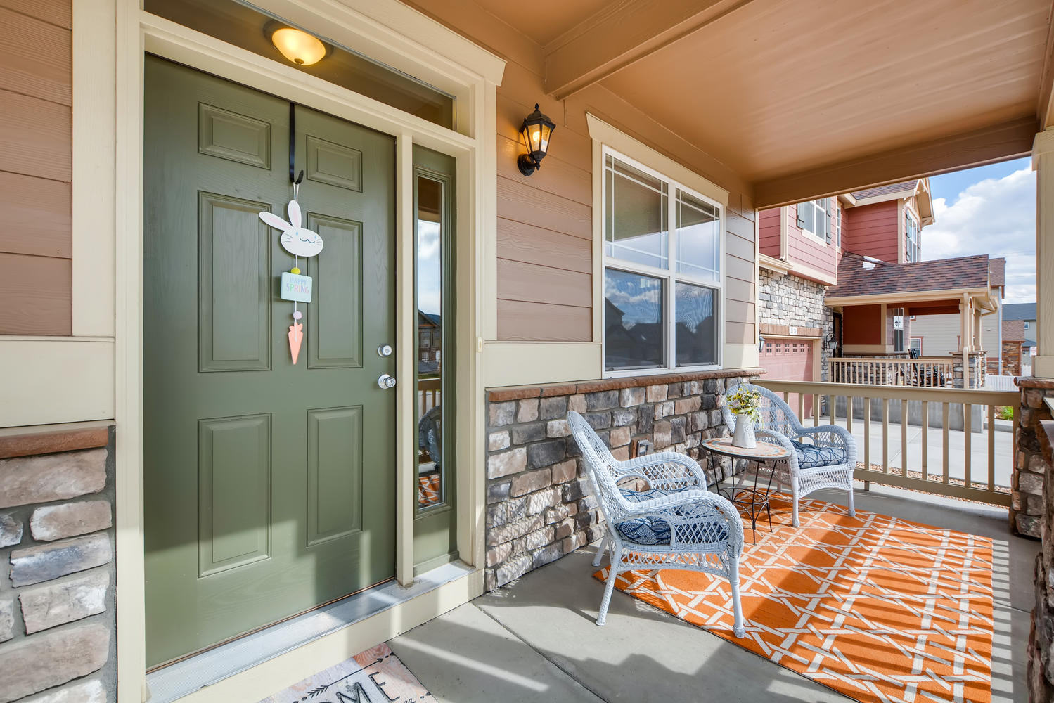 REAL ESTATE LISTING: 2182 Steppe Dr Longmont Front Porch
