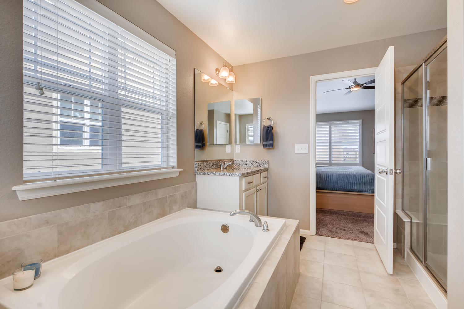 REAL ESTATE LISTING: 2182 Steppe Dr Longmont Master Bath