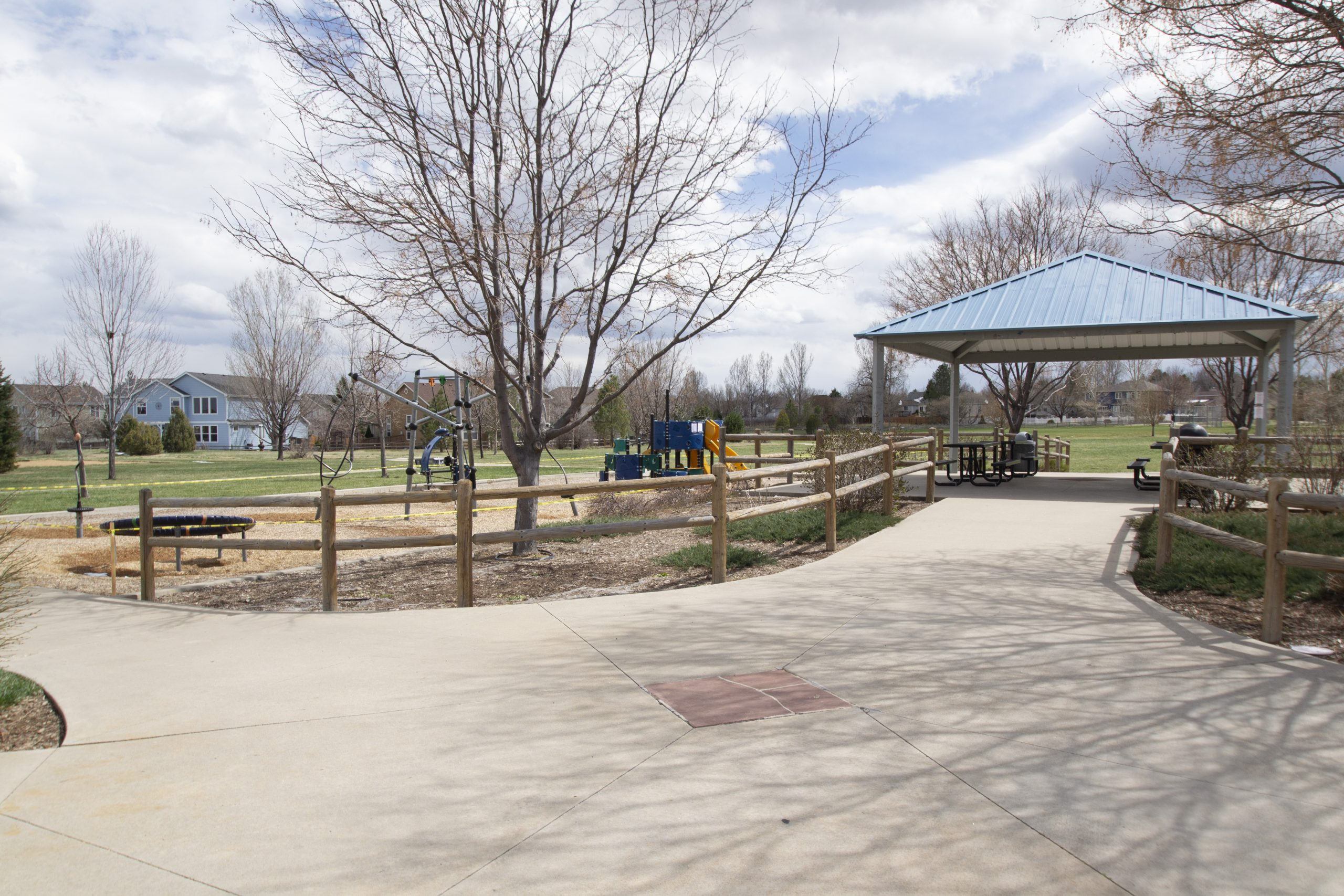 REAL ESTATE LISTING: 2182 Steppe Dr Longmont Covered Neighborhood Park