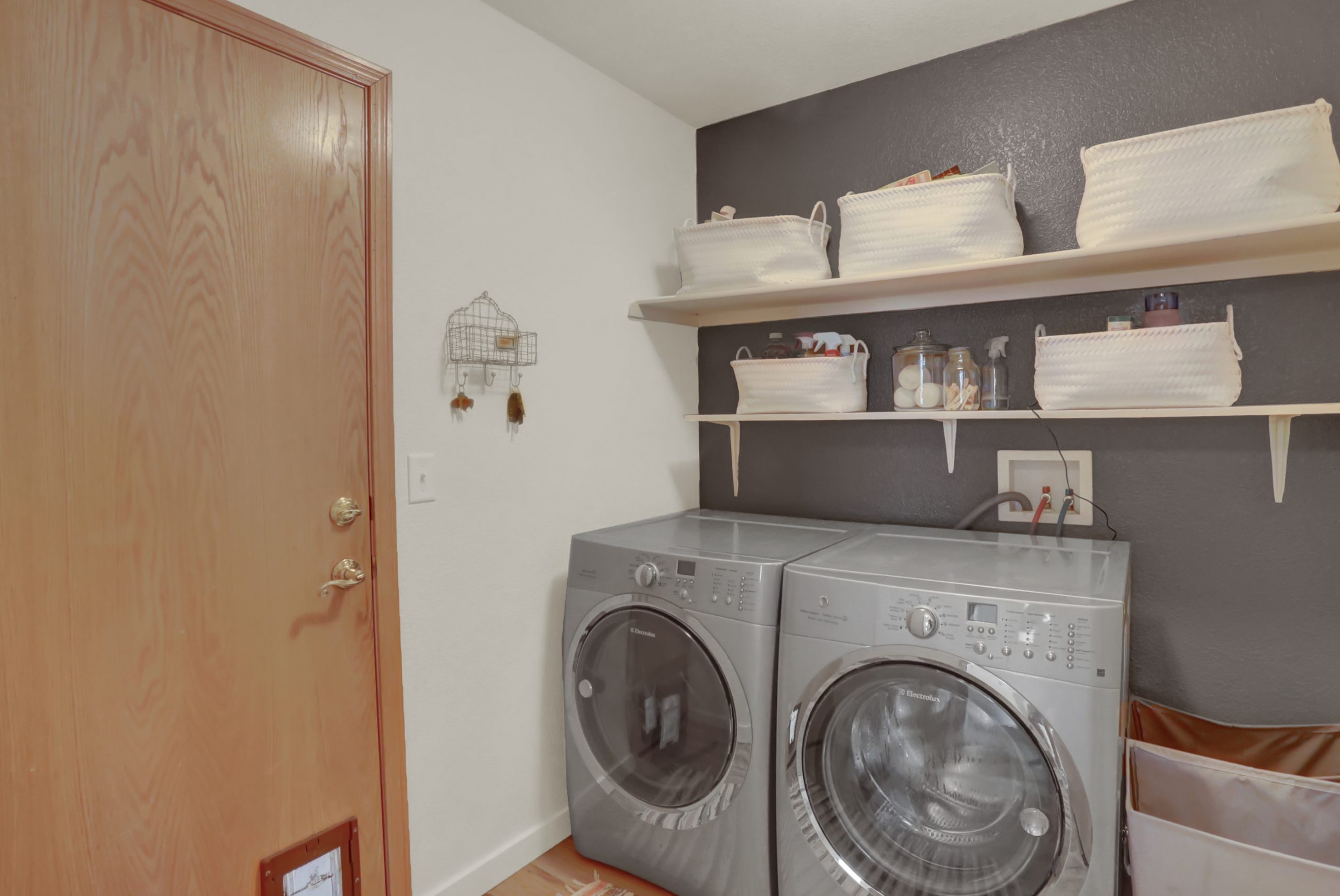 REAL ESTATE LISTING: 10502 Falcon St Firestone Laundry Room