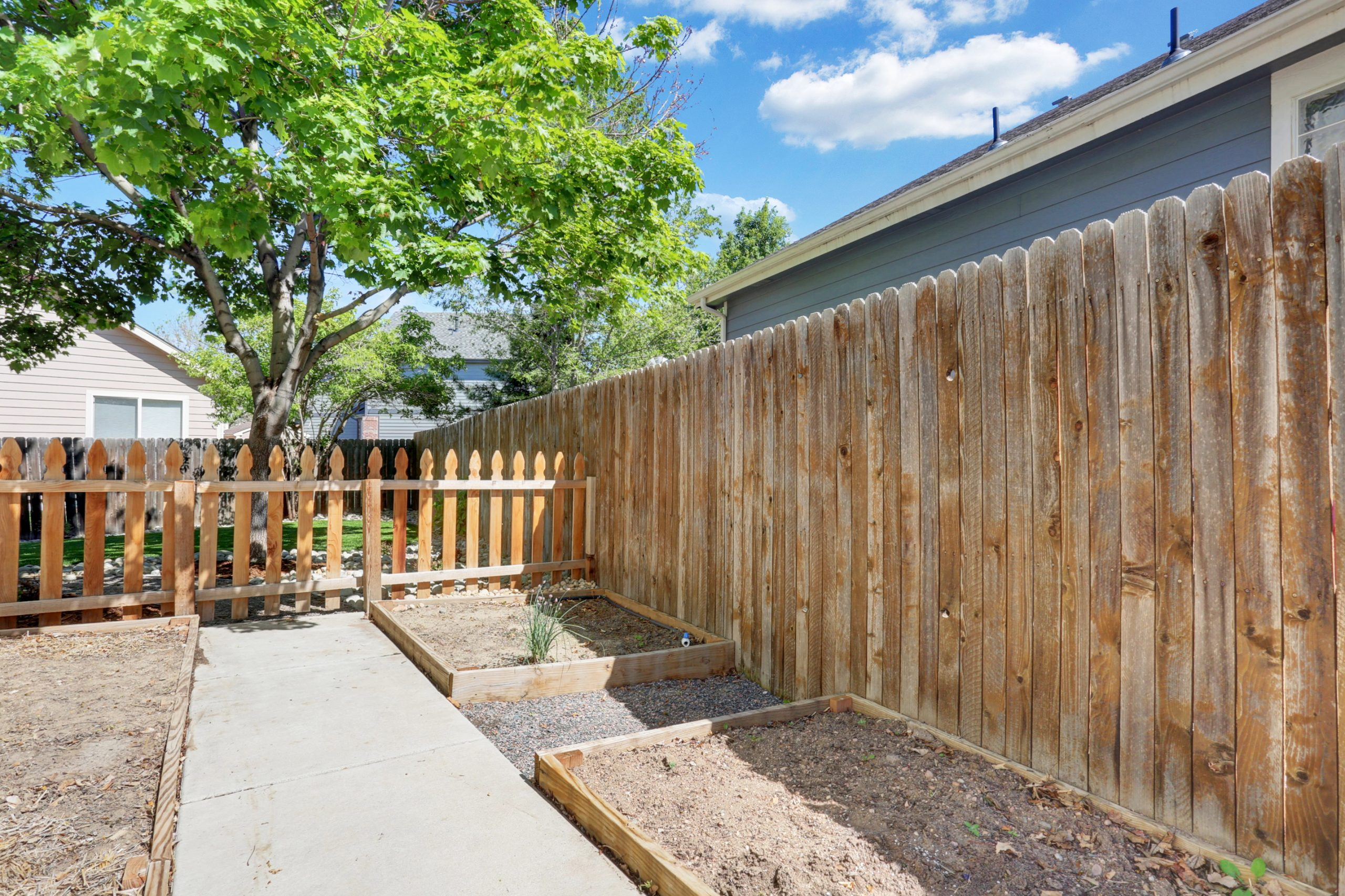REAL ESTATE LISTING: 10502 Falcon St Firestone Garden Boxes