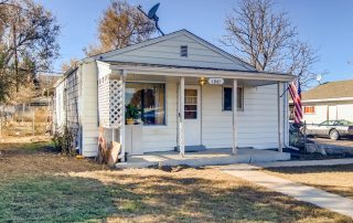 REAL ESTATE LISTING: 1947 Jay st Lakewood CO Exterior Front