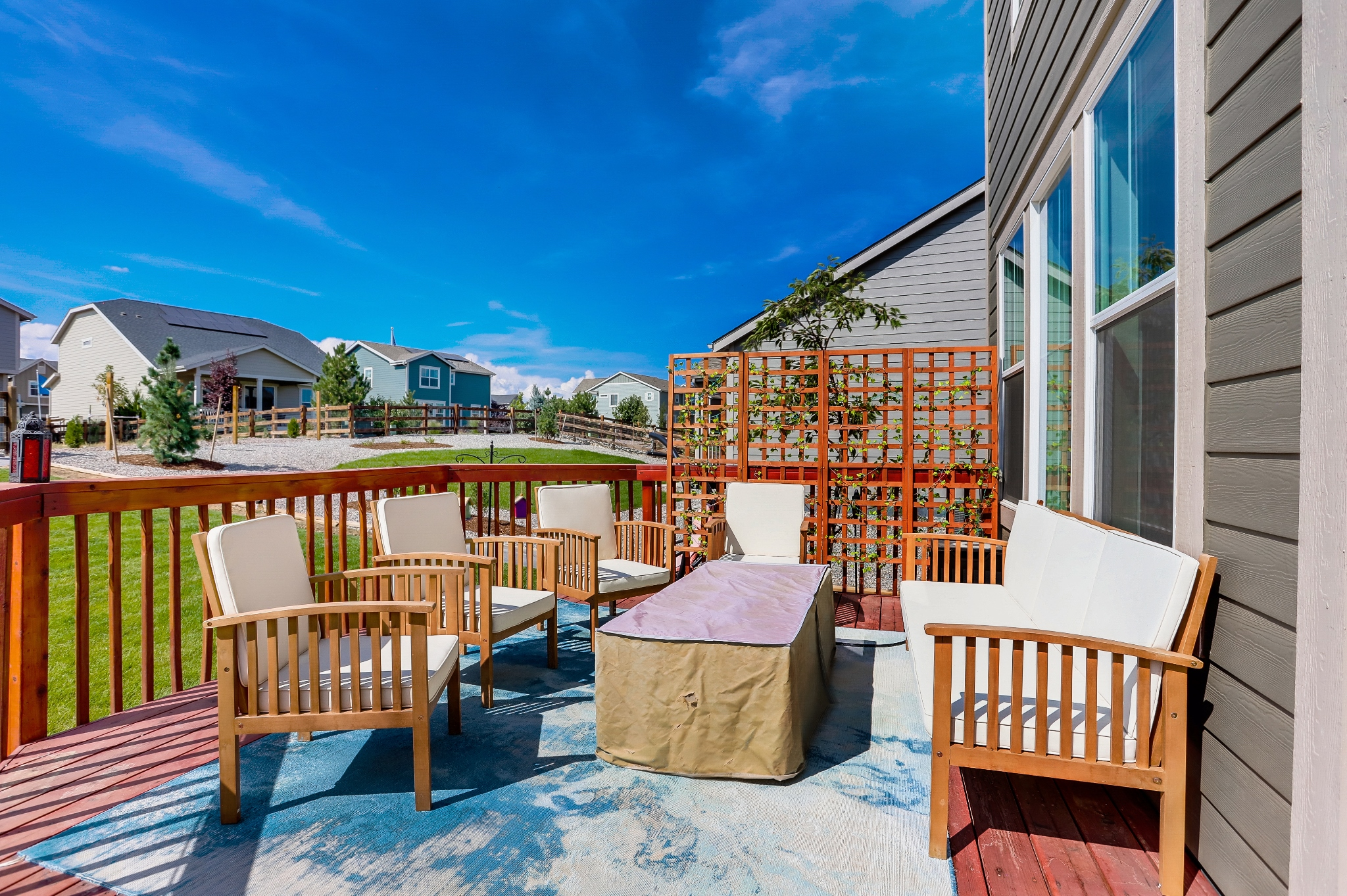 REAL ESTATE LISTING: 12813 Clearview St Firestone Back Deck