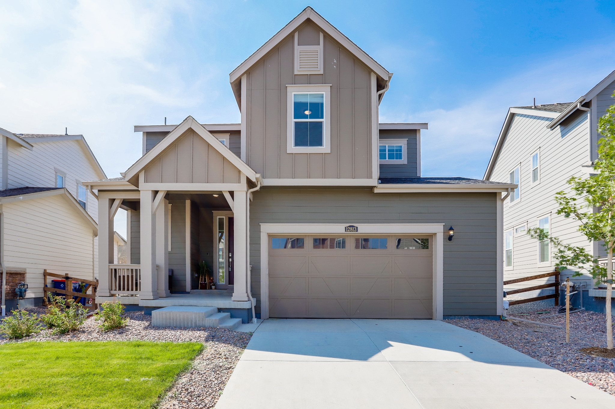 REAL ESTATE LISTING: 12813 Clearview St Firestone Front Exterior
