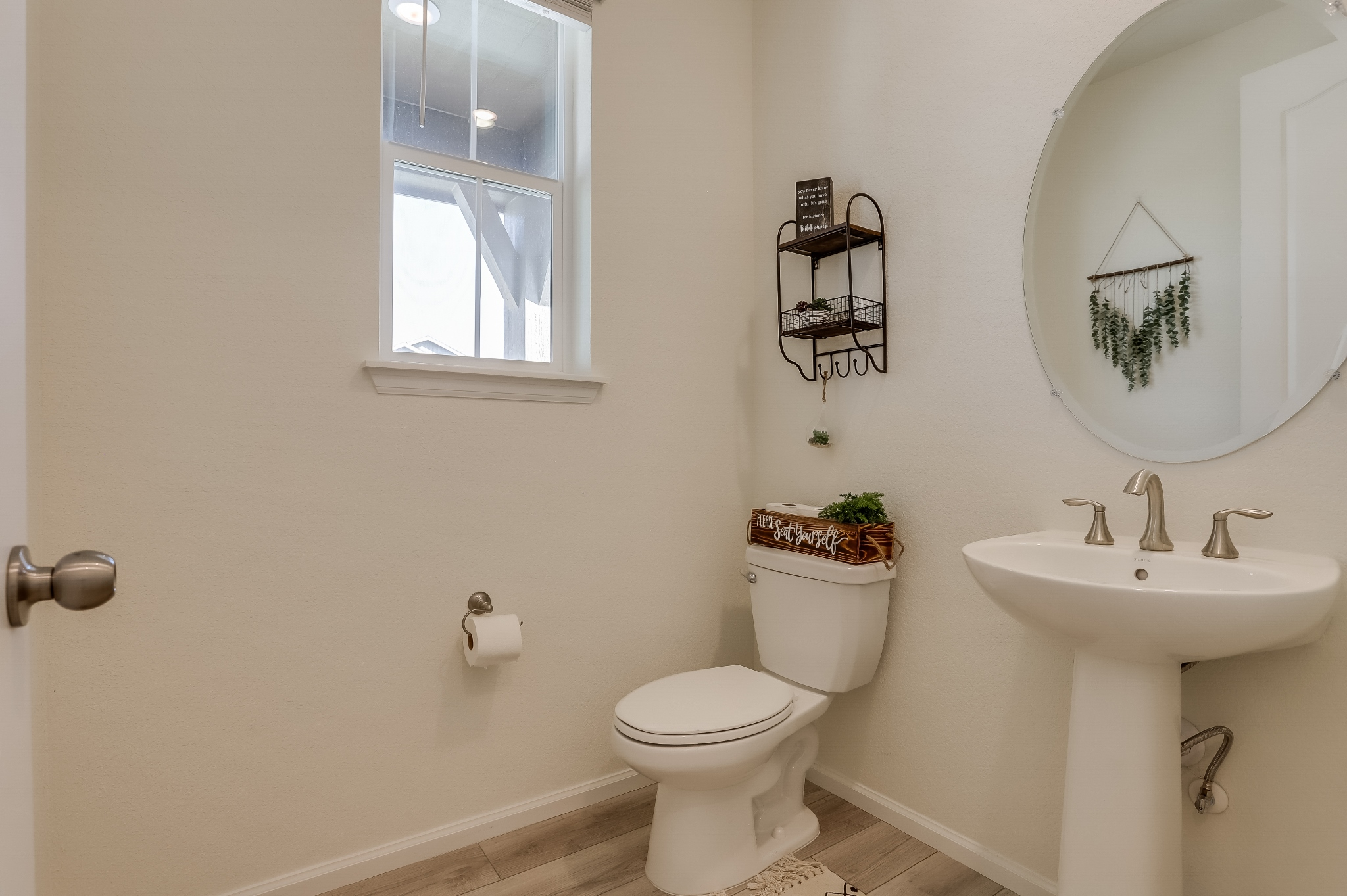 REAL ESTATE LISTING: 12813 Clearview St Firestone Powder Room